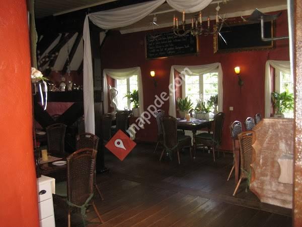 Cafe Und Weinstube Harmes Im Hinterhof Wachtendonk