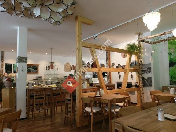 Le Populair Bar Cafe Restaurant