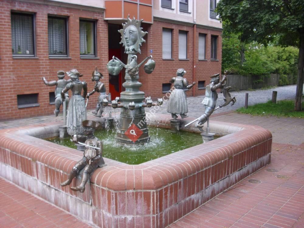 Gliederpuppenbrunnen