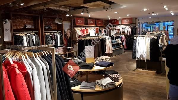 In Der H&M Kabine