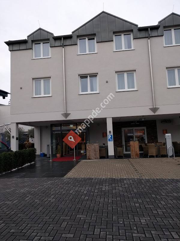 hotel und restaurant schmachtendorf oberhausen. Black Bedroom Furniture Sets. Home Design Ideas